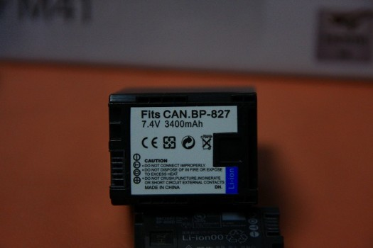 CANON iVIS 互換バッテリー BP-827D